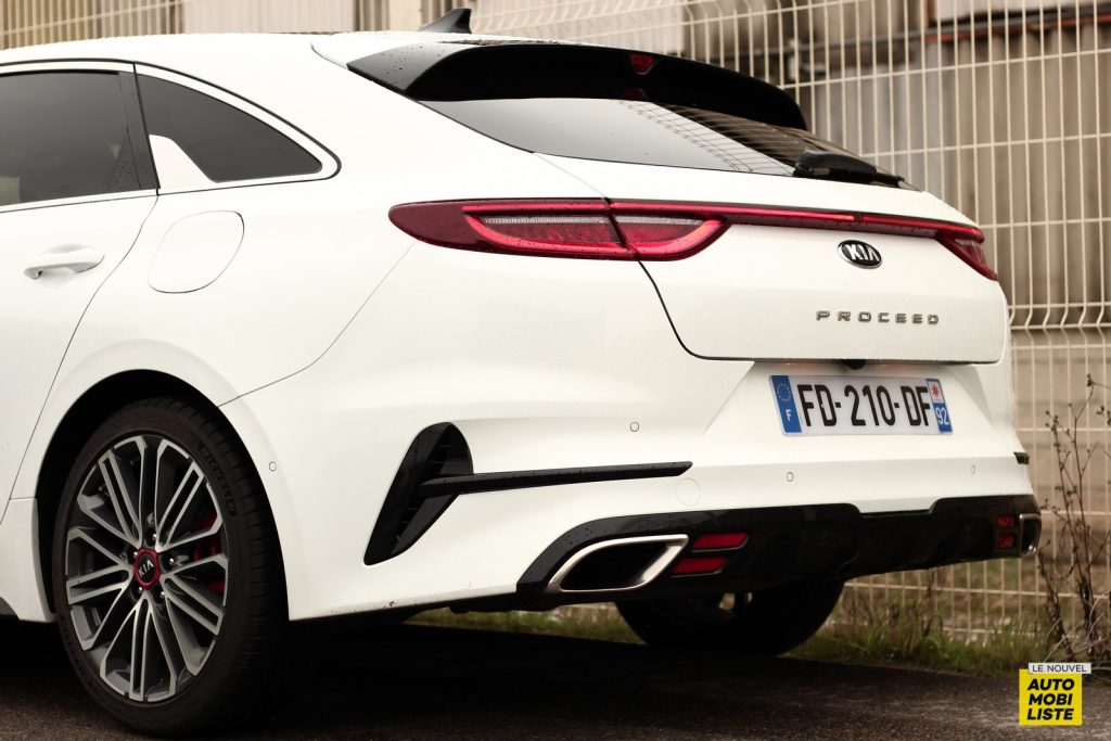 Kia Proceed LNA Dumoulin (9)
