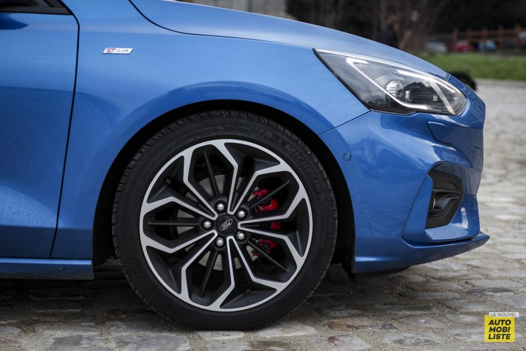 Ford Focus St Line_1