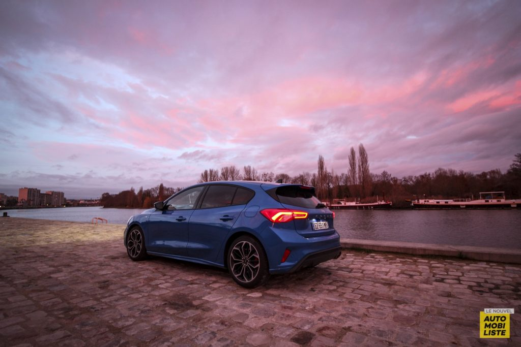 Ford Focus St Line_16