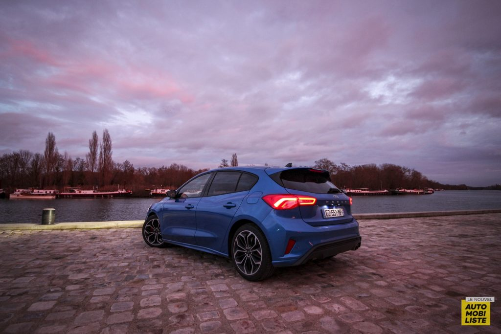 Ford Focus St Line_18