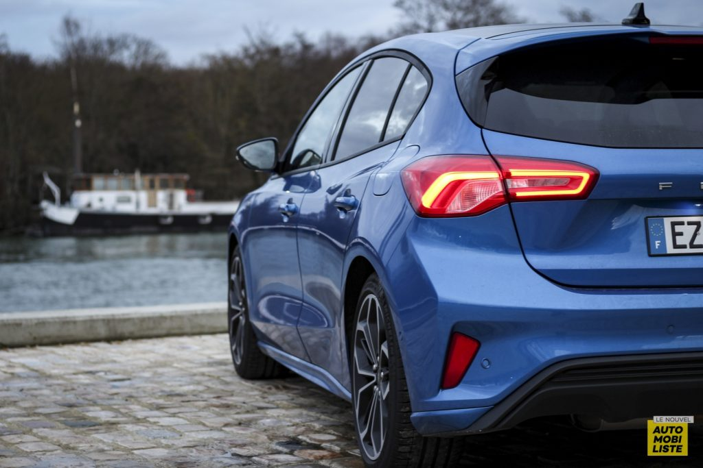 Ford Focus St Line_2