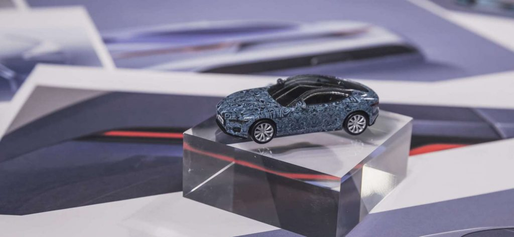 LNA Hotwheels Jaguar 03