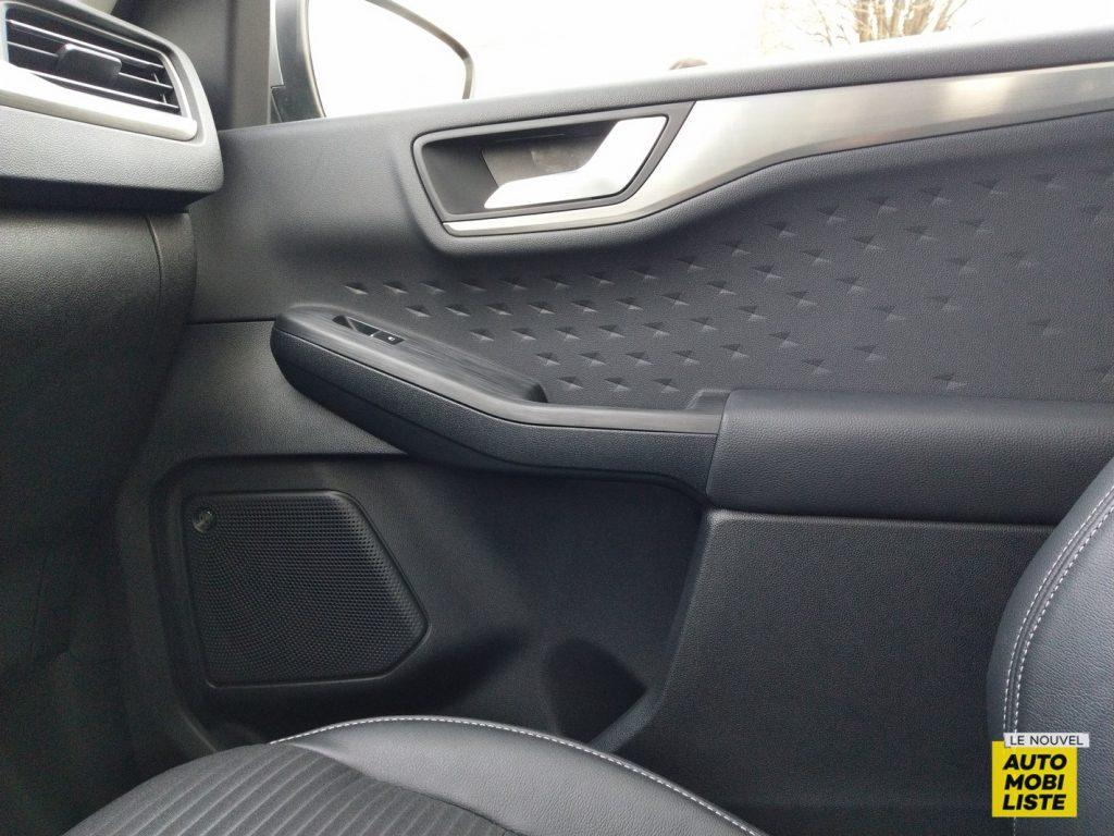 Ford Kuga PHEV 2020 LNA Dumoulin 10