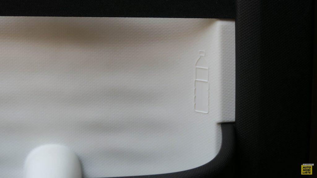 LNA Essai 2019 Renault Twingo 3.2 1.0 SCe Intens Interieur Detail 17