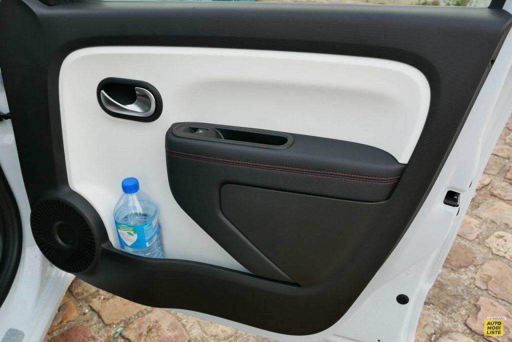 LNA Essai 2019 Renault Twingo 3.2 Le Coq Sportif Interieur Detail 23