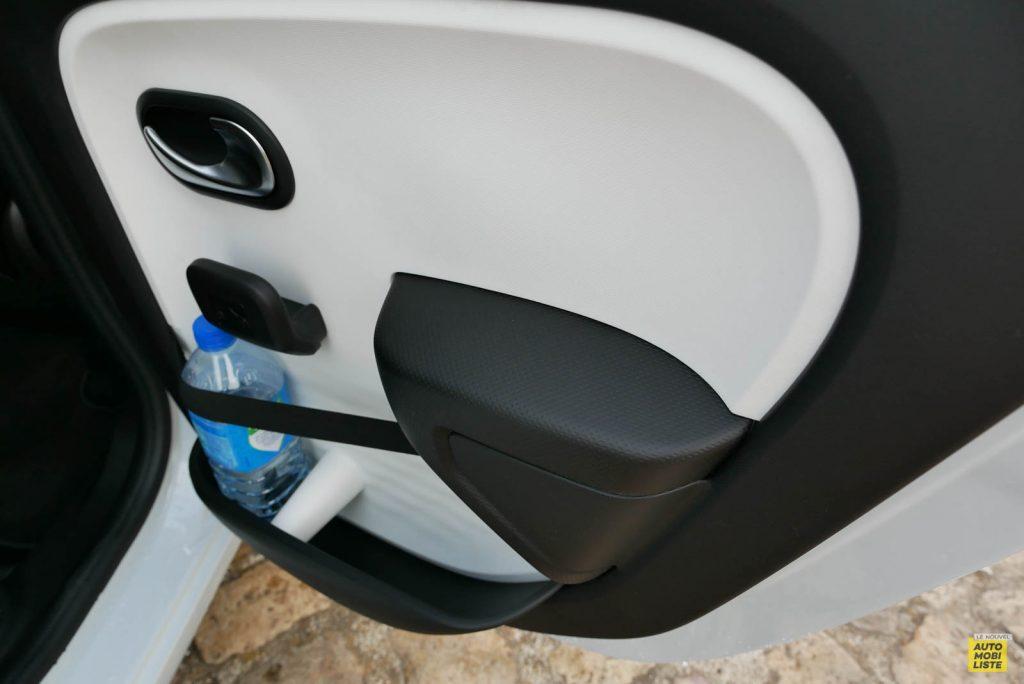 LNA Essai 2019 Renault Twingo 3.2 Le Coq Sportif Interieur Detail 26