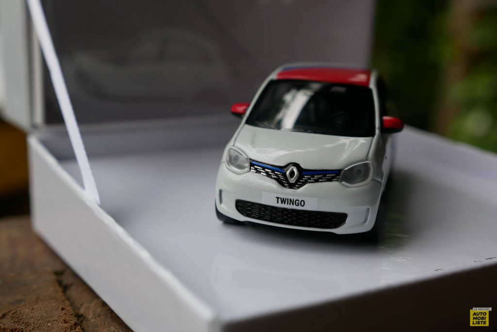 LNA Essai 2019 Renault Twingo 3.2 Le Coq Sportif Norev 08