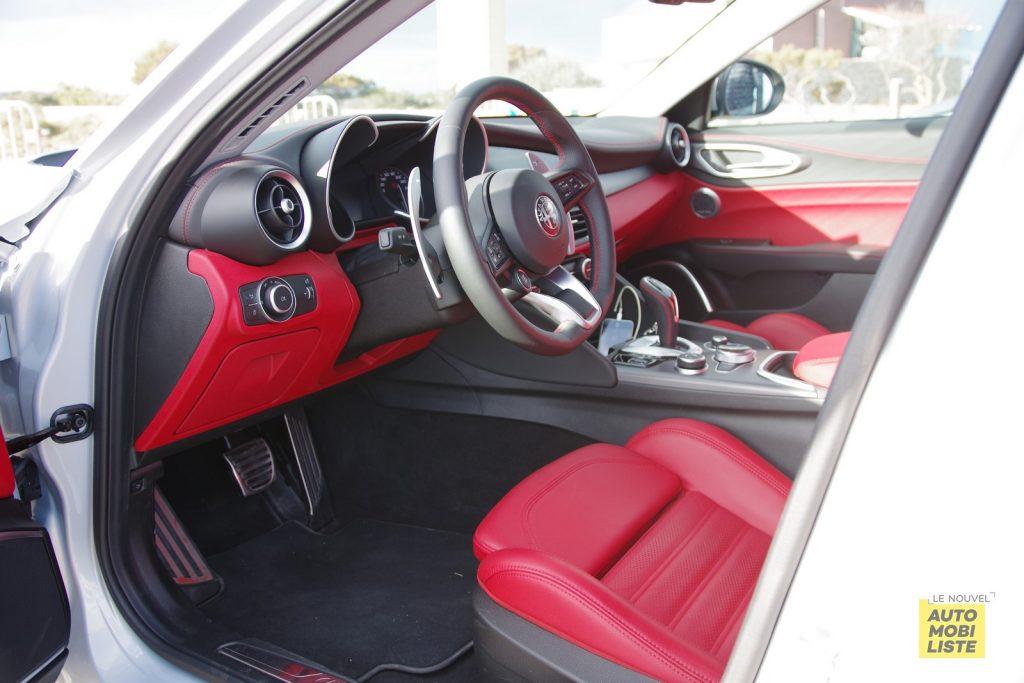 Alfa Romeo Giulia Sprint 2.0 T 200 Q2 LNA FM 7
