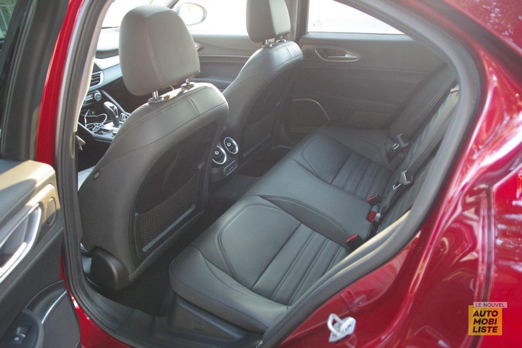 Alfa Romeo Giulia TI 2.2 190 AT8 rouge LNA FM 64