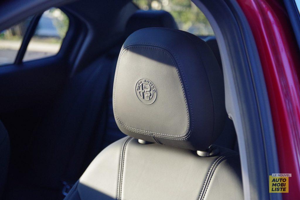 Alfa Romeo Giulia TI 2.2 190 AT8 rouge LNA FM 67