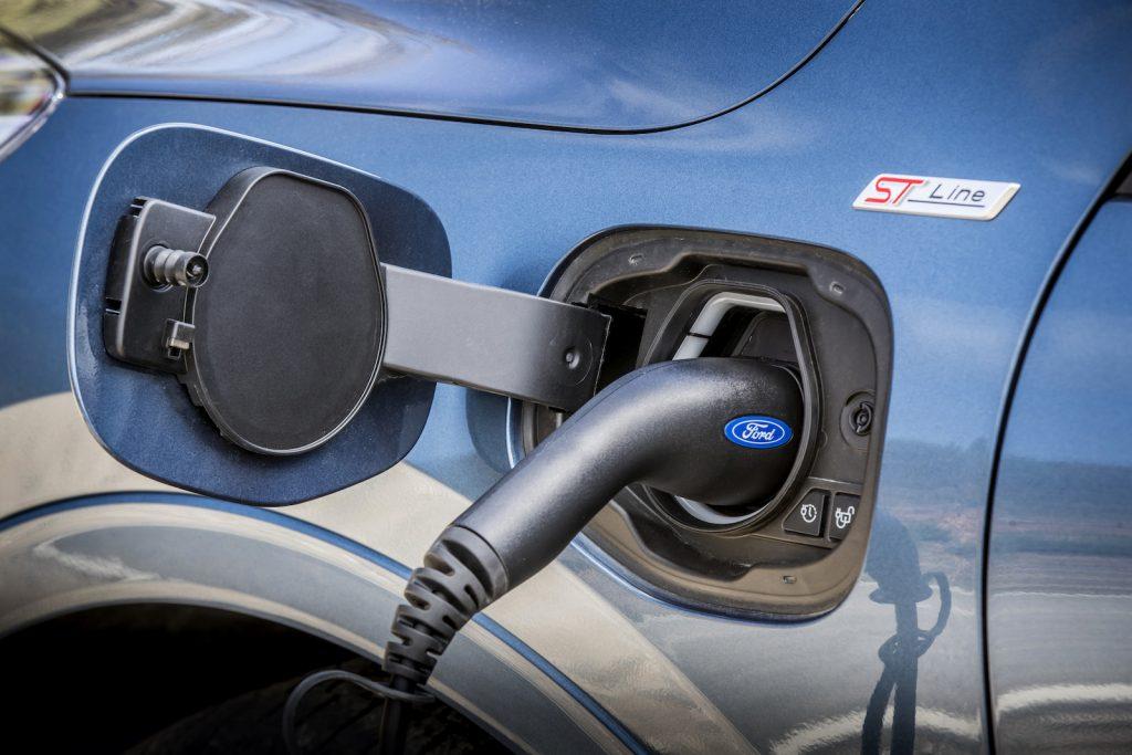 Essai Ford Kuga_ST-Line_X_Plug-In_Hybrid_059