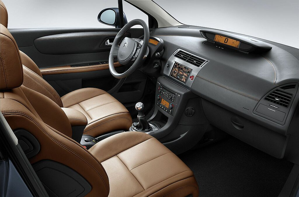 Citroen C4 2004 interieur cuir