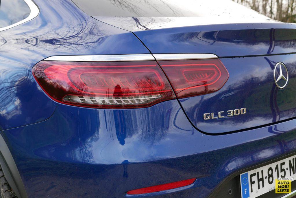 LNA Essai 2001 Mercedes Benz GLC Coupe Ext Detail 02