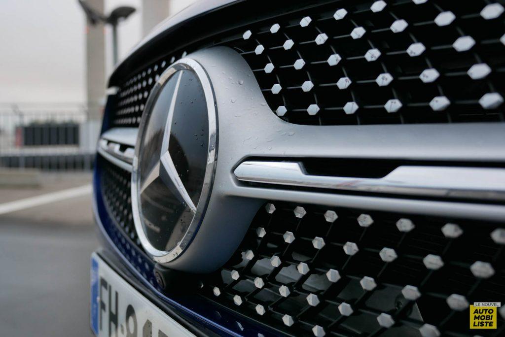LNA Essai 2001 Mercedes Benz GLC Coupe Ext Detail 12