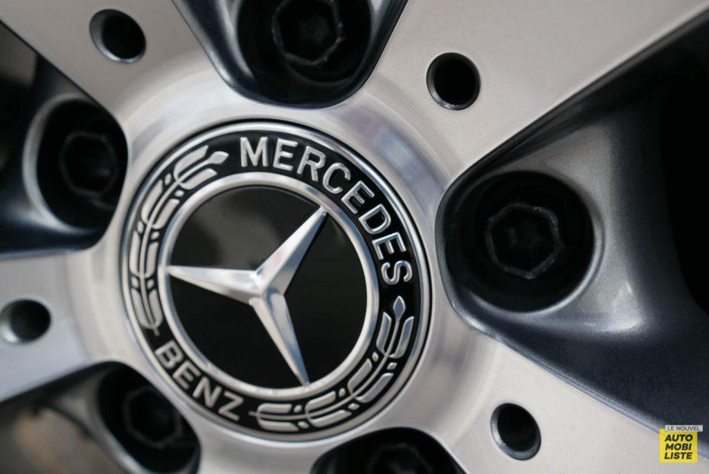 LNA Essai 2001 Mercedes Benz GLC Coupe Ext Detail 15