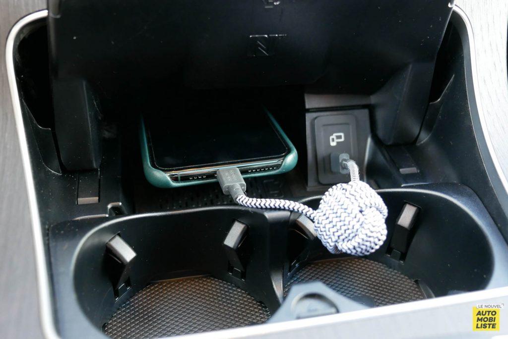 LNA Essai 2001 Mercedes Benz GLC Coupe Interieur Detail 06