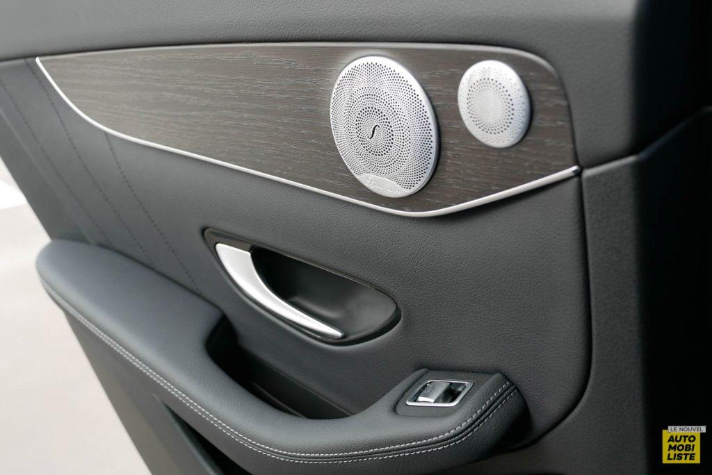 LNA Essai 2001 Mercedes Benz GLC Coupe Interieur Detail 16
