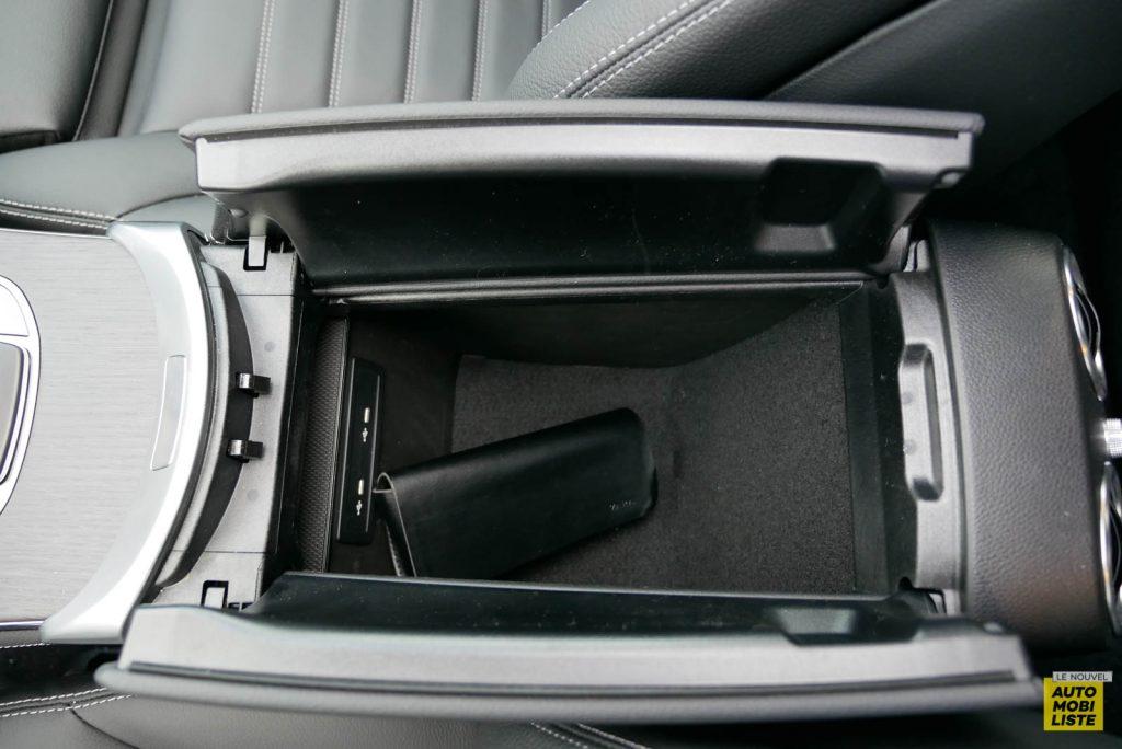 LNA Essai 2001 Mercedes Benz GLC Coupe Interieur Detail 20