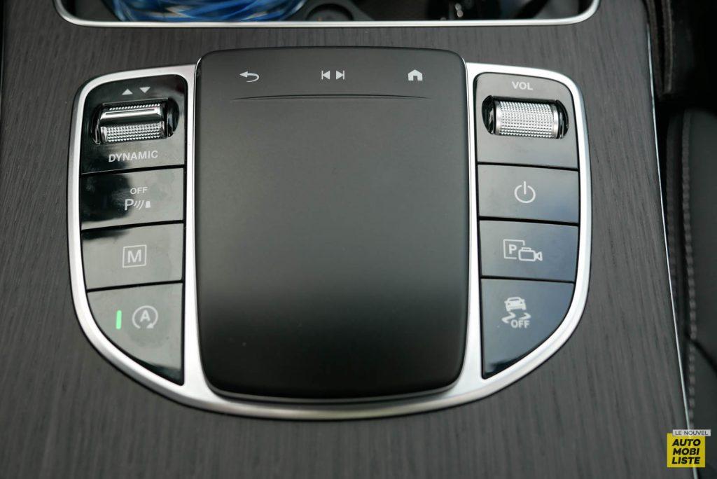 LNA Essai 2001 Mercedes Benz GLC Coupe Interieur Detail 24