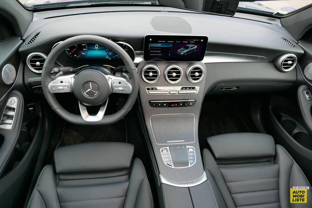 LNA Essai 2001 Mercedes Benz GLC Coupe Tableau de Bord 08