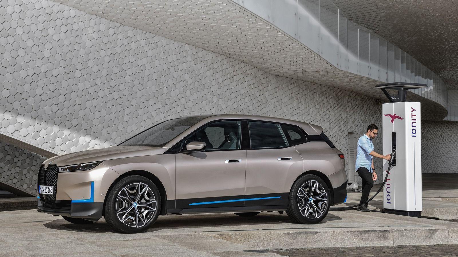 BMW iX 10