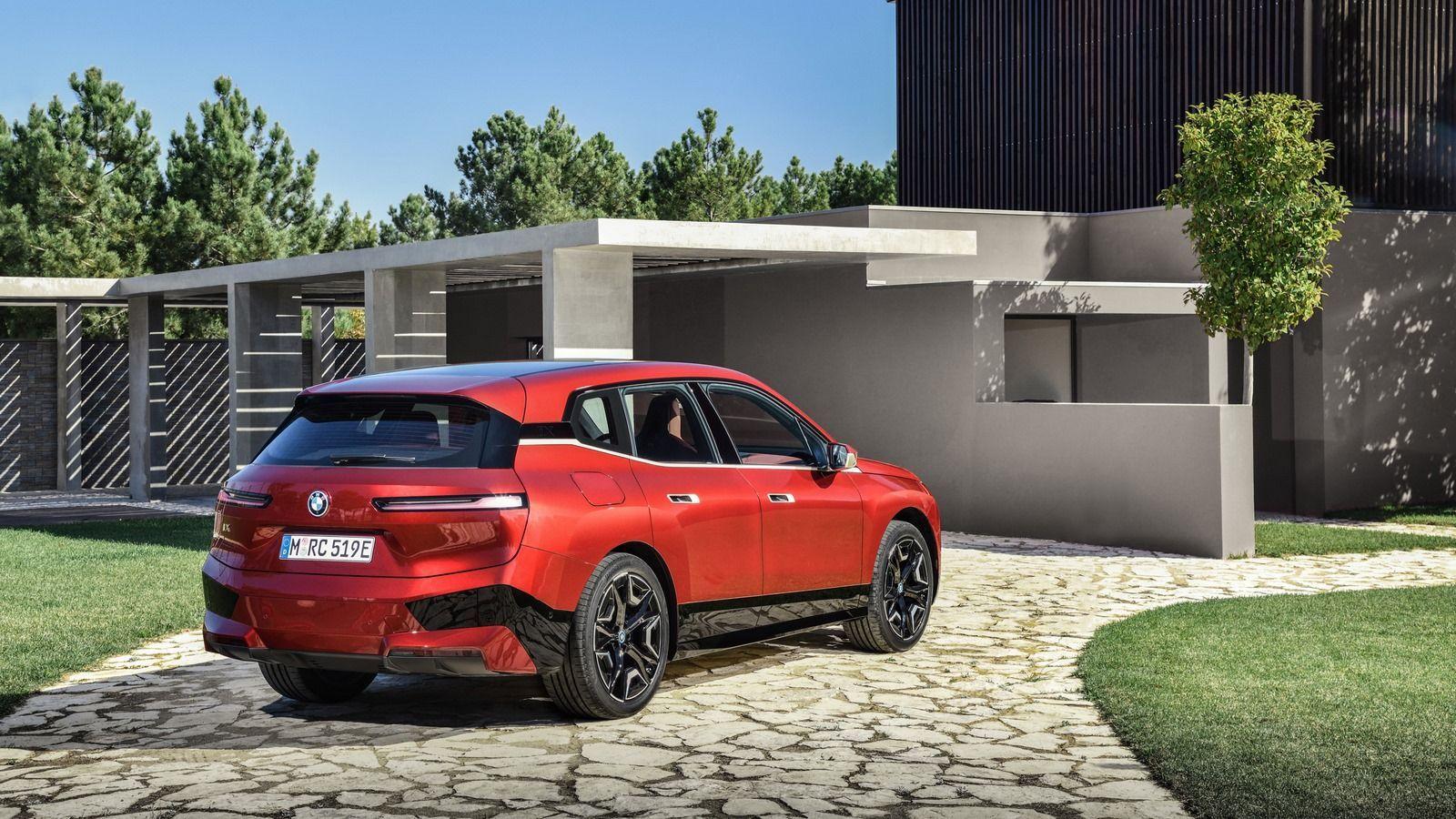 BMW iX 17