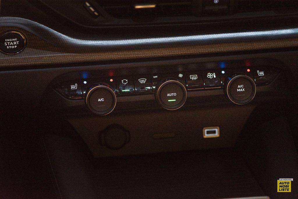 Citroen C5 X LNA FL 202104 11