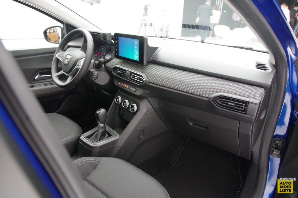 Dacia Sandero 2020 Details LNA FM 16