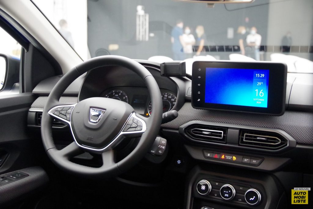 Dacia Sandero 2020 Details LNA FM 26