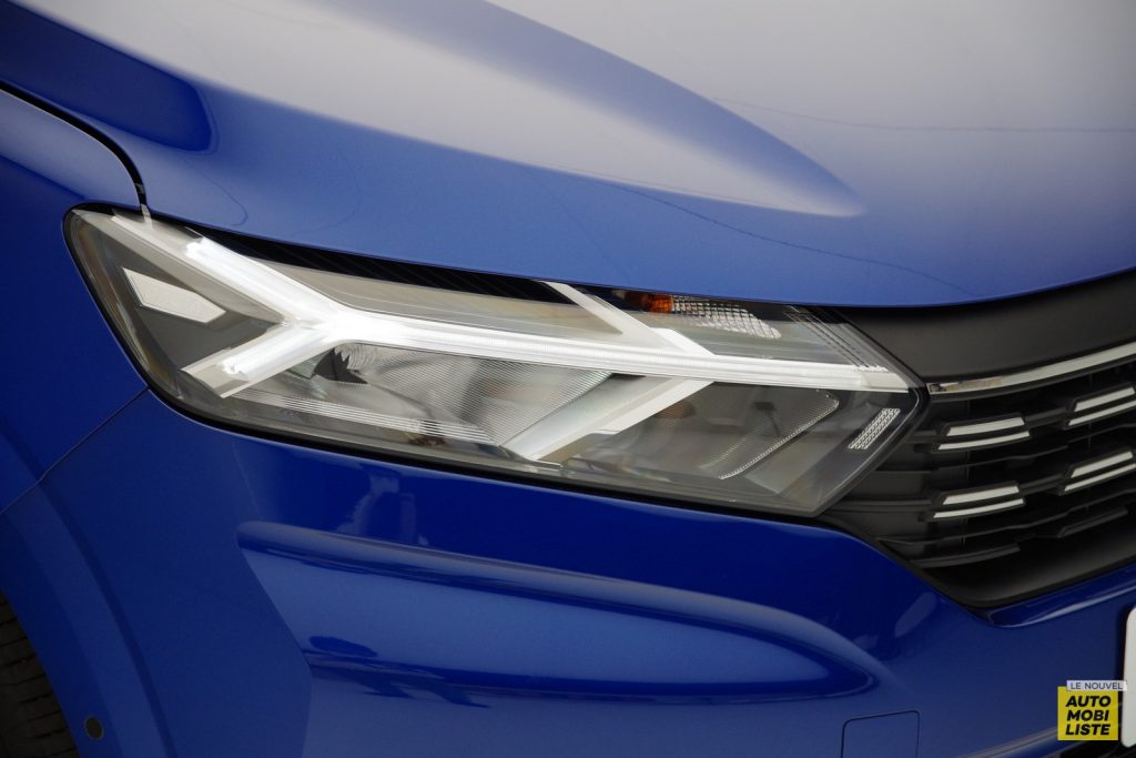 Dacia Sandero 2020 LNA FM 31