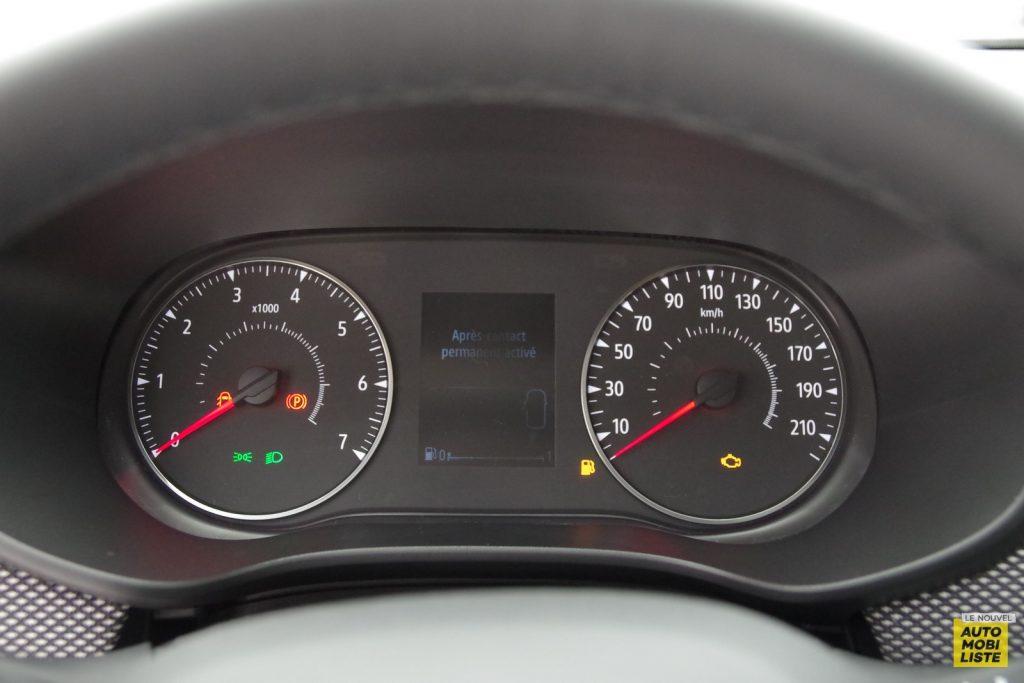 Dacia Sandero Stepway 2020 LNA FM 20