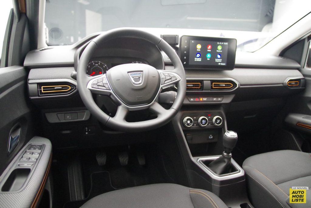 Dacia Sandero Stepway 2020 LNA FM 36