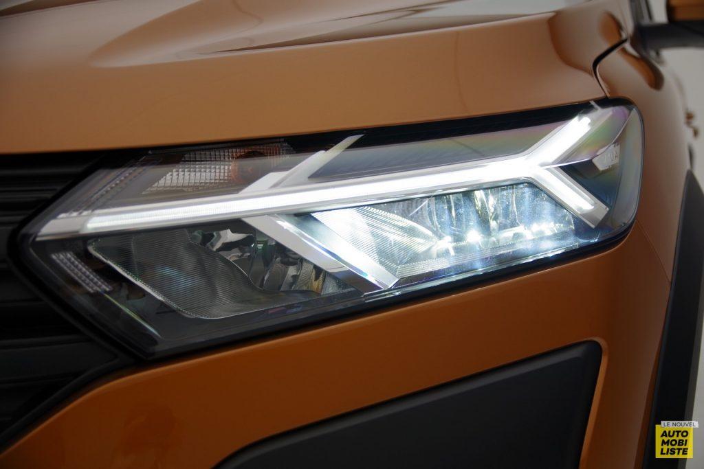 Dacia Sandero Stepway 2020 LNA FM 4