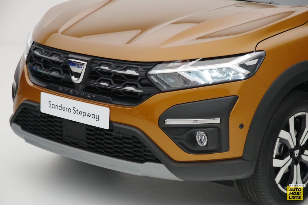 Dacia Sandero Stepway 2020 LNA FM 71