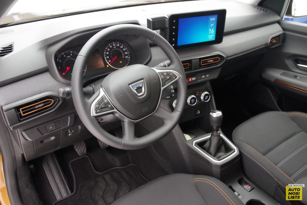 Dacia Sandero Stepway 2020 LNA FM 8