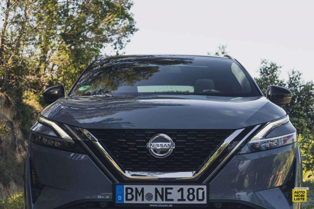 Essai Nissan Qashqai 140 Mildhybrid TeknaGris Argile Face avant 3
