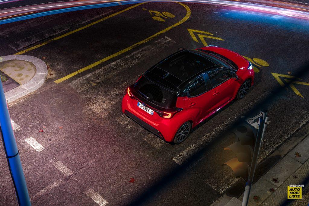 Essai Toyota Yaris La Premiere Edition Hybride Dans la ville 3