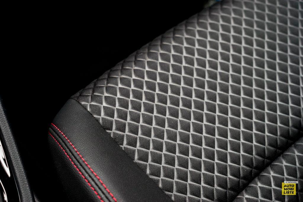 Essai Toyota Yaris La Premiere Edition Hybride Detail siege