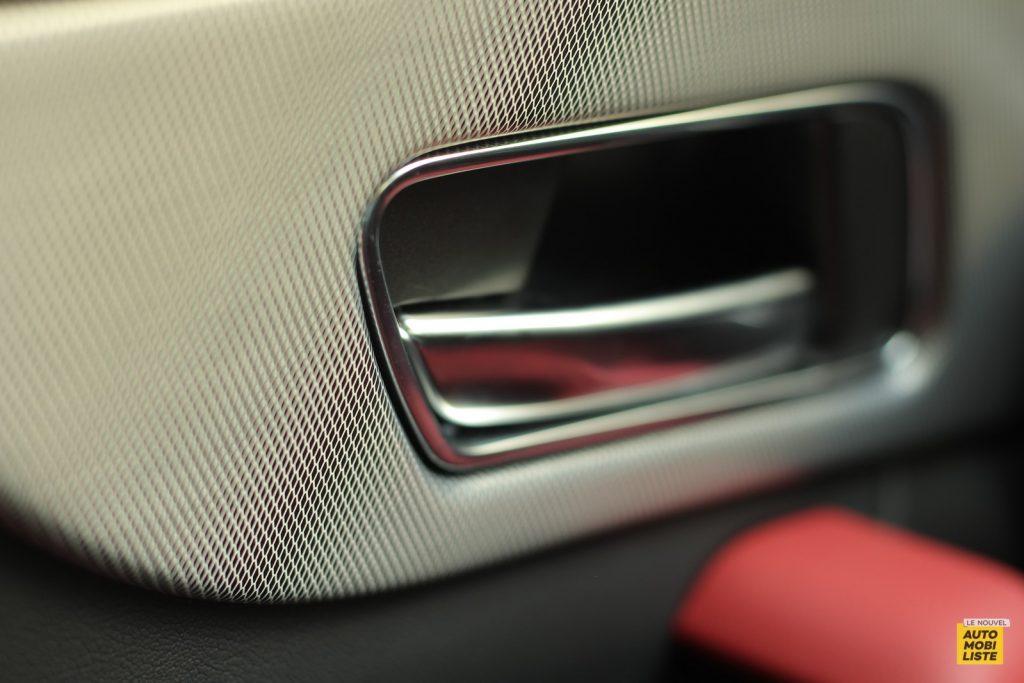 Jaguar F Pace LNA Dumoulin 2020 48