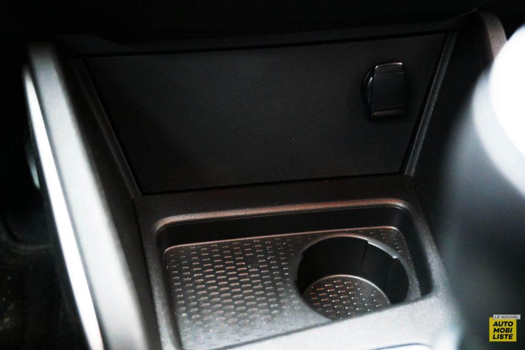 LNA 2007 Essai Dacia Duster Eco G Interieur Detail 002