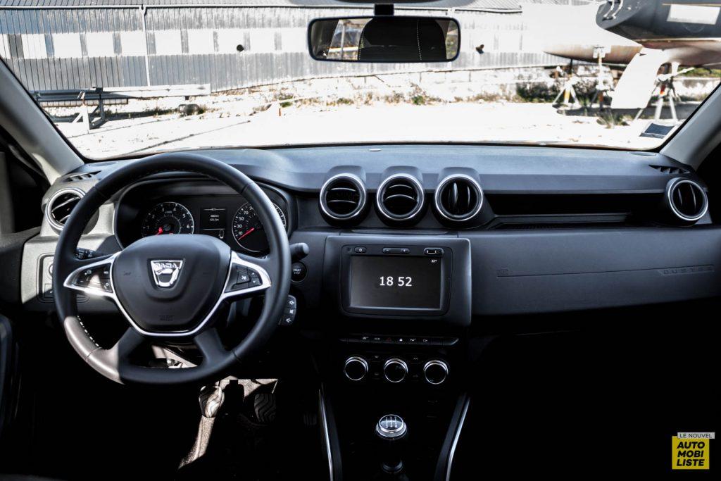 LNA 2007 Essai Dacia Duster Eco G Tableau de Bord RB 01