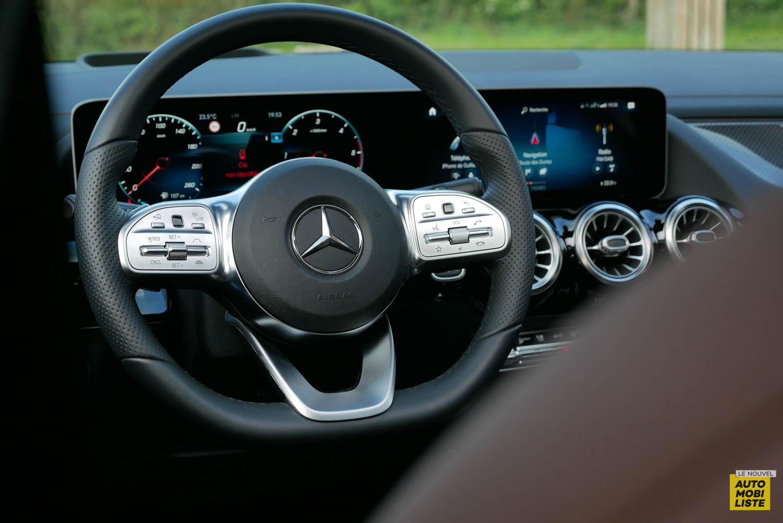 LNA 2007 Mercedes GLA Tableau de Bord 011