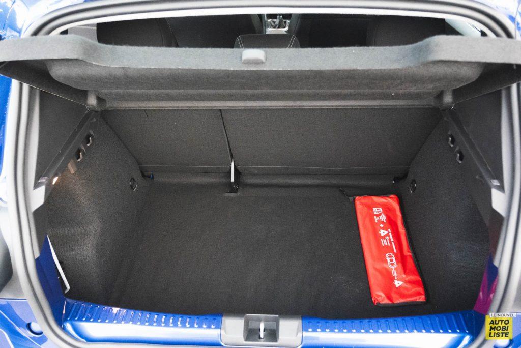 LNA 2011 Dacia Sandero TCe90 Comfort Coffre 001