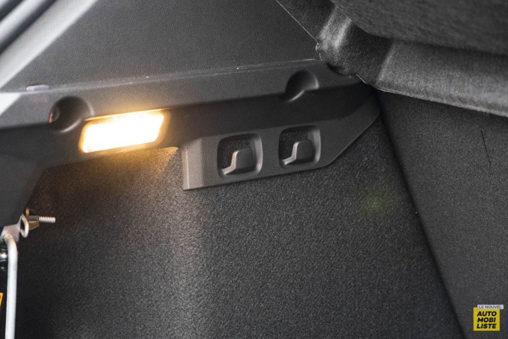 LNA 2011 Dacia Sandero TCe90 Comfort Coffre 002
