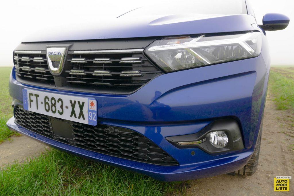 LNA 2011 Dacia Sandero TCe90 Comfort Ecterieur Detail 007