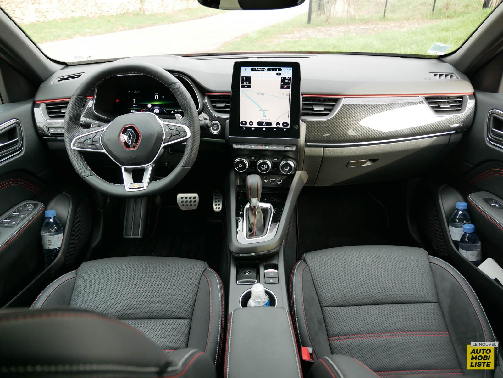 LNA 2103 ESSAI Renault Arkana TCe 140 Tableau de Bord 003