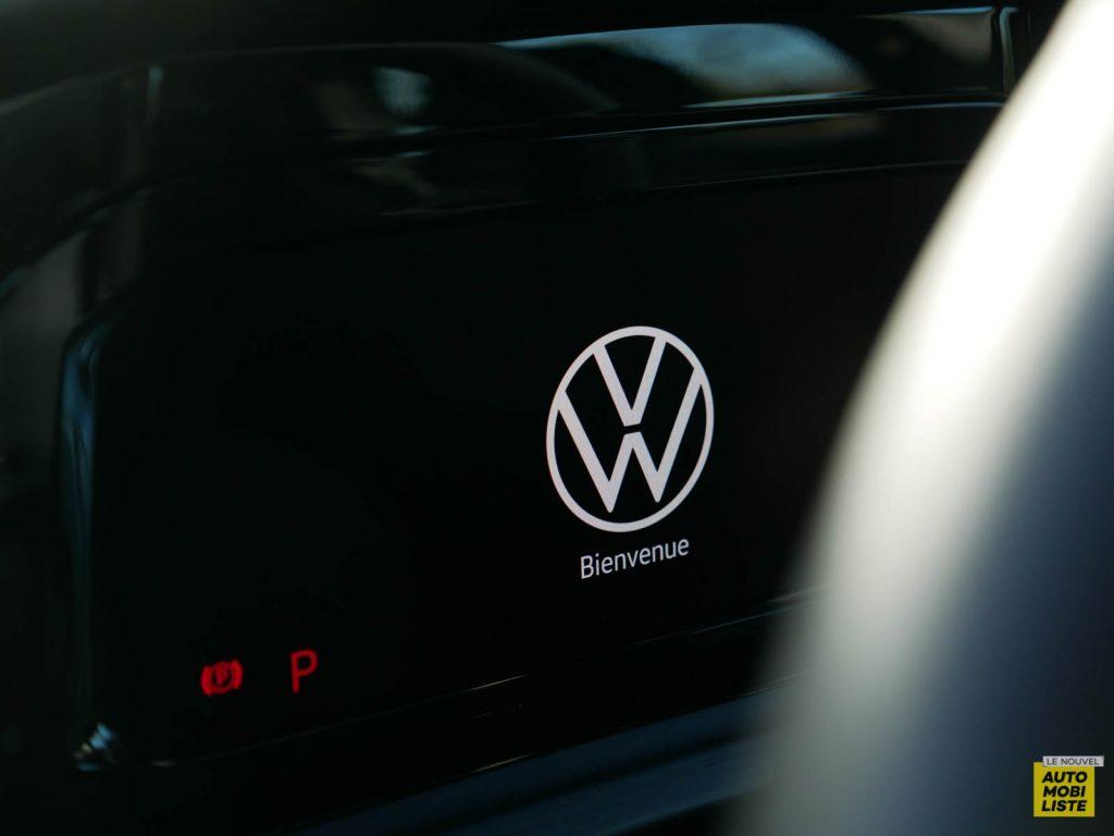 LNA ESSAI 2012 VW Golf eTSI Compteur 010jpg