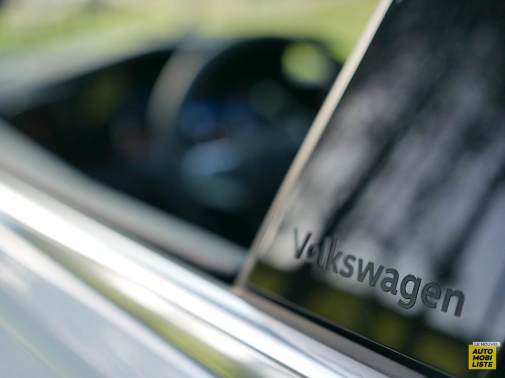 LNA ESSAI 2012 VW Golf eTSI Exterieur Detail 003