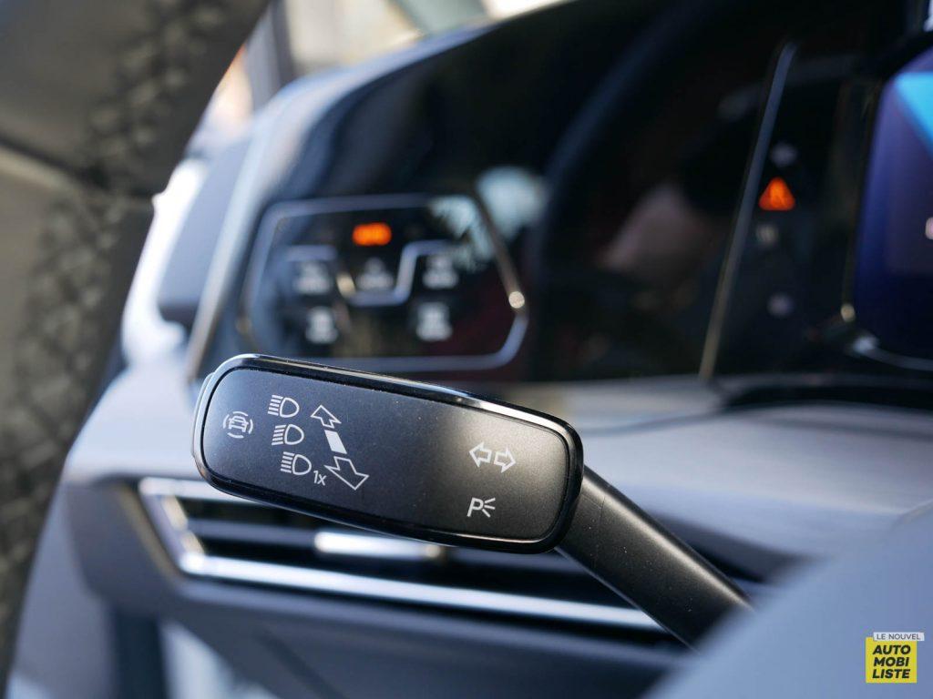 LNA ESSAI 2012 VW Golf eTSI Interieur Detail 009