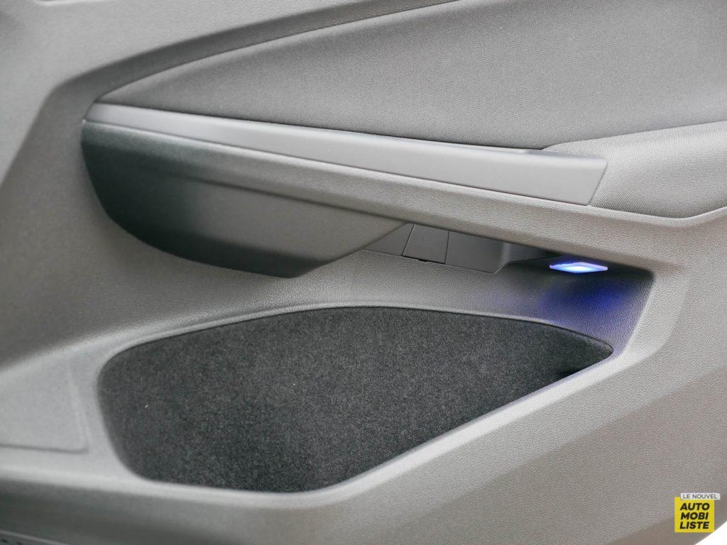 LNA ESSAI 2012 VW Golf eTSI Interieur Detail 013